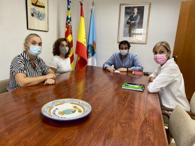 Torrevieja se solidariza con los trabajadores del Hospital Universitario
